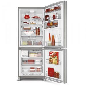 Esse refrigerador é muito sustentável, pois, conta com iluminação LED e energia é caracterizado por ser inteiramente econômico.
