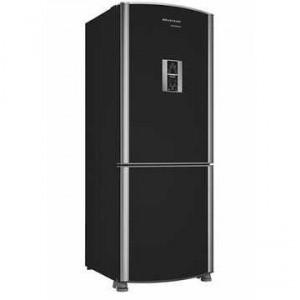 Refrigerador em cima, e freezer embaixo.