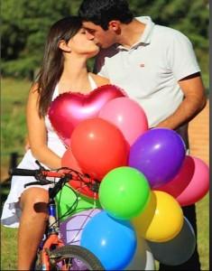 O dia dos namorados, é uma comemoração a dois que pode ser feita de várias formas, presentes, jantares românticos, passeios e viagens.